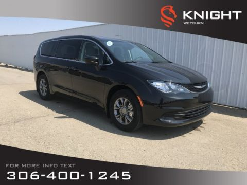 Pre-Owned 2017 Chrysler Pacifica LX | Bluetooth | 3rd Row Seating | Backup Camera